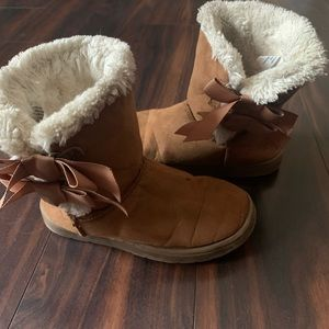 Toddler Girls Sz10 Bow Boots Tan Brown faux suede